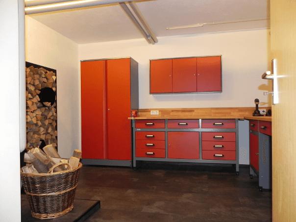 Rote Küpper Werkstatteinrichtung